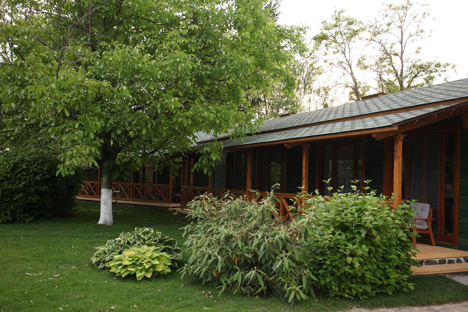 Bungalow-Twin-Exterior-11